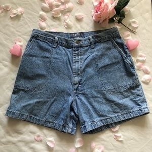 VTG MEDIUM WASH WRANGLER HIGH WAISTED JEAN SHORTS